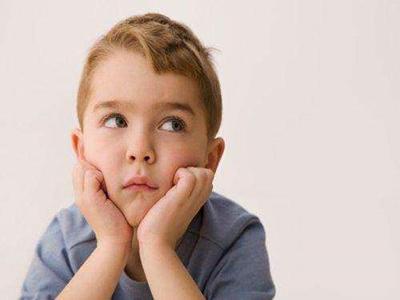 成都儿童早期白癜风症状表现?